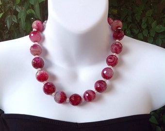 Large Pink Agate Necklace. Chunky Pink Agate. 20mm Pink Agate.  Pink Agate necklace. Rasberry Pink Agate Necklace.