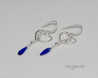 Silver 925 earrings/heart shape/royal blue/ glass beads