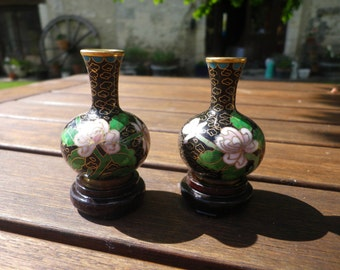 Miniature Cloisonne Vase set, black enamel with pink lotus flowers and green leaves