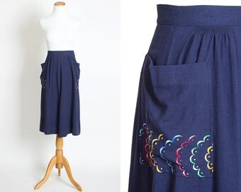 """Vintage 40s EMBROIDERED POCKETS Navy Blue Cotton Skirt   1940s Colorful Embroidery High Waisted Full A-Line Skirt (xs 23"""" 24"""" waist)"""