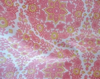 pretty pink retro floral pillowcase vintage