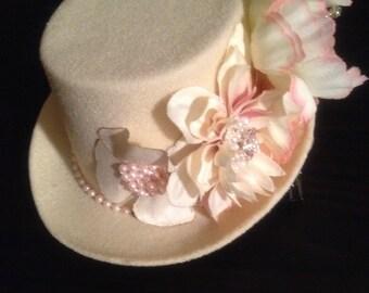 Laurel Handmade Beige and Blush Mini Hat