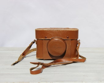 Vintage DIGNA photo camera  from the 1950s