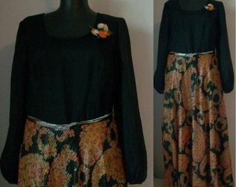 Sale 70s long dress