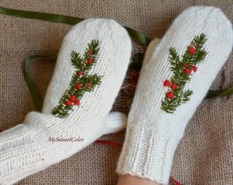 Warm mittens   White mittens   Hand knitted mittens    Christmas gift    Women gift   Ladies mittens   Embroidered mittens   mittens white