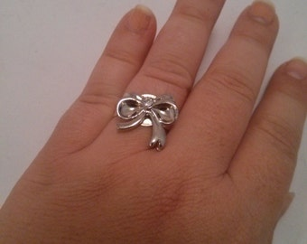 Handmade Rhinestone and Silver Color Metal Bow Adjustable Ring