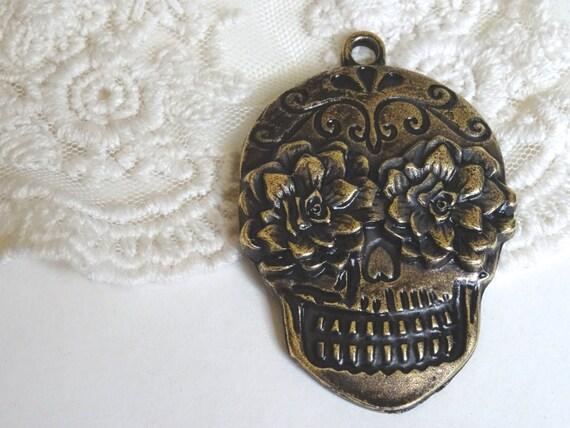 1 sugar skull pendant large antique bronze vintage style