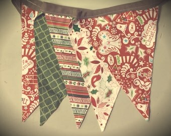 Vintage Christmas Pennant Banner Bunting