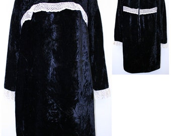 1960s Black & White Velvet MOD dress (M Fit)