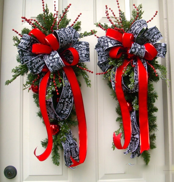 Christmas Swags Decorations: Red Christmas Wreath Swag Traditional Swag Pair Traditional