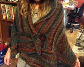 Women's shawl in fall colors!