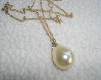 a large Faux Single Pearl Teardrop Necklace 1960's
