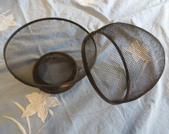Berry Basket or Berry Bowl  //  Strainer  //  Antique Strainer  //  Food Storage  //  Fruit Basket with Lid