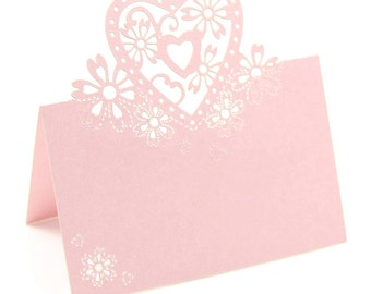 50 place cards with a heart