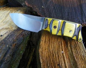 Small skinning knife, 4 1/4' long