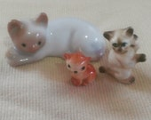 Reserved : Tiny Kitty Figurines Mamma Cat and 2 Kittens
