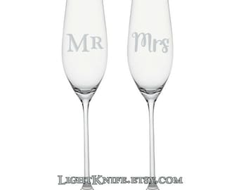Toasting Wedding Champagne Flutes. Set of two. Mr and Mrs