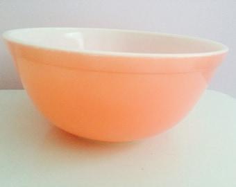 Vintage Pyrex Pink Bowl #403 2 1/2 Quart Mixing Bowl
