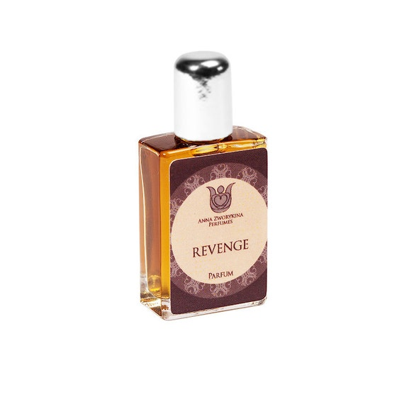 Revenge - Natural perfume, floral and learhery with wormwood, galbanum, neroli, jasmin, ylang ylang, tobacco, white cedar, vanilla, Flacon.