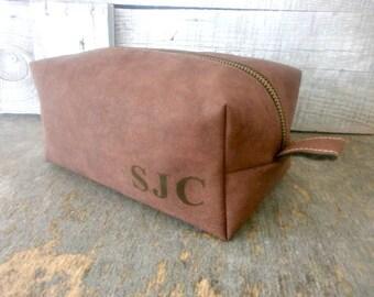 Mens Leather Toiletry Bag, Leather Dopp Kit, Toiletry Bag, Faux Eco Leather, Groomsmen Dopp Kit, Dopp Kit, Shaving Bag, Mens Travel Bag