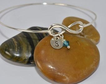 Personalized Infinity Bangle Bracelet,1-5 Initials Bracelet,Silver Infinity Bangle,Friend-Sister-MOM Gift,Braidsmaid Gift,Wedding Jewelry