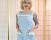 I LOVE LUCY Pinafore Dress . Vintage 50s Gingham Day Dress . Sky Blue & White . Jacqueline Shaw 'Wash Frocks' label . Pretty and Girly Retro