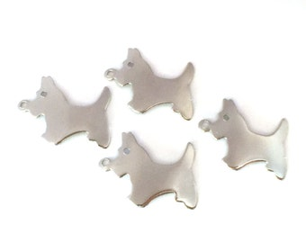 12x Vintage Silver Plated Dog Charms - M081