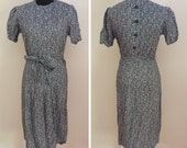 """1930s/1940s German Blue Print Dress - Buttons in the Back - NOS (32"""" Waist)"""