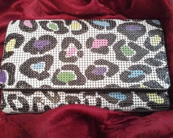 Newer W and D colorful animal Print plus Bonus features