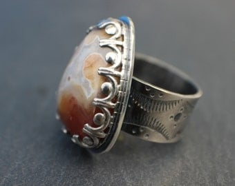 sterling silver laguna agate ring - metalsmith artisan jewelry - chunky triangle stone ring - statement ring