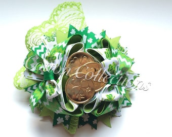 St patricks day twisted boutique bow