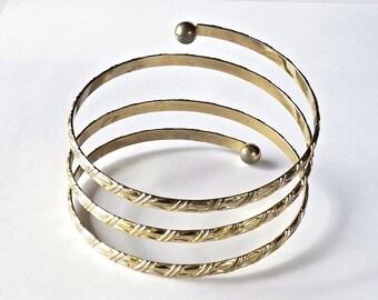 Vintage Goldtone Coil Bracelet 188