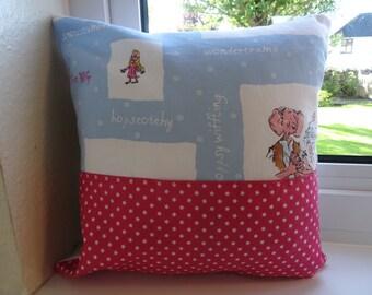 BFG pocket pillow, BFG pocket cushion, BFG book pillow, kids pocket pillow, kids reading pillow, Roald Dahl pocket pillow, kids bedroom