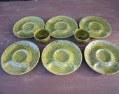 set of 6 french majolica artichoke plates ,  from GIEN , with two bowls , excellent condition , 8 pieces