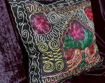 marvelous uzbek silk embroidered suzani pillow cover cushion a6767