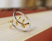 FREE SHIPPING* Gold Silver Leaf Ring