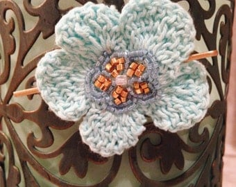Adorable crocheted hair pin with beaded detail