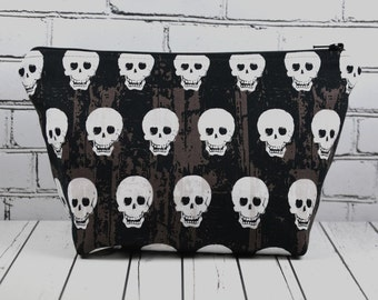 Skull Make Up Bag, Gothic Makeup Bag, Cosmetic Bag, Skull Bag, Toiletry Bag, Zip Pouch, Goth Bag.
