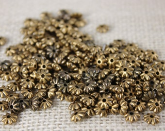Antique Gold Daisy Spacer Bead (36 Pieces)