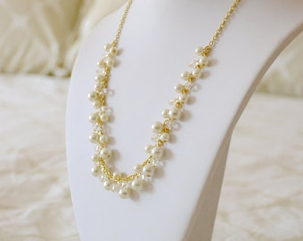 Delicate Pearl Statement Necklace, Bridal Pearl Necklace, Pearl and Crystal Statement Wedding Necklace, Ivory Pearl Jewelry, Bridesmaid Gift