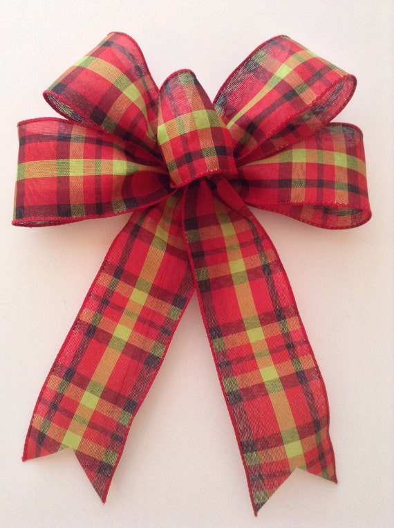 christmas plaid bow classic plaid decorative by craftsbybeba. Black Bedroom Furniture Sets. Home Design Ideas
