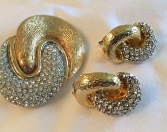 Vintage Les Bernard Rhinestone Brooch and Clip Earrings Set