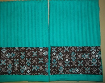 BRIGHT! Turquoise and Brown Kitchen or Bathroom Hand Towels
