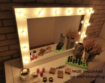 Make up Mirror with lights - Vanity mirror - Many colours -  wall hanging or self-standing - Hollywood style mirror - miroire maquilleuse