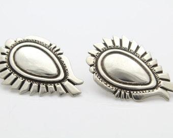 Chunky Vintage Sterling Silver Southwest Navajo Earrings Signed L Gene. [5086]