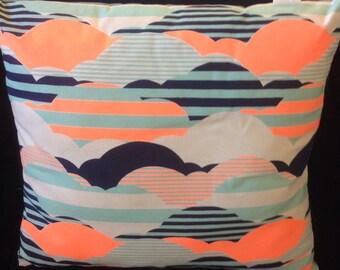Buzoku Duck Cushion