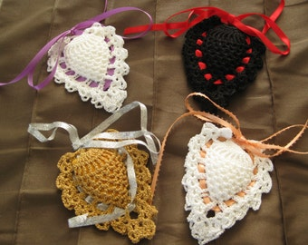 Crocheted vintage design sachet/pineapple design/perfume holders for dresser drawer or closet