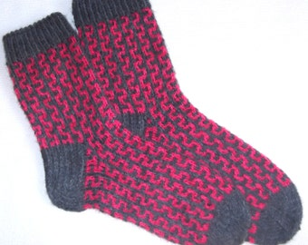 Hand knitted womens wool socks. Size39-39,5 US 7,5-8