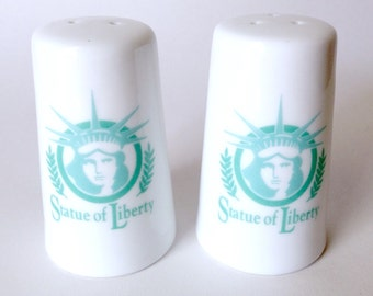 Vintage Pair of Statue of Liberty Salt and Pepper Shakers - Collectible New York City White and Green Salt Shaker Set