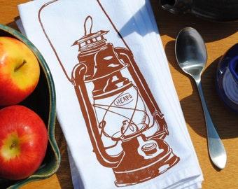Vintage Oil Lantern Cotton Napkins - Farmhouse Napkins - Country Table Linens - Country Theme - Washable Reusable Napkins - Chestnut Napkins